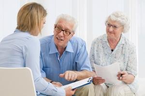 Каким категориям пенсионеров повысят пенсию в феврале