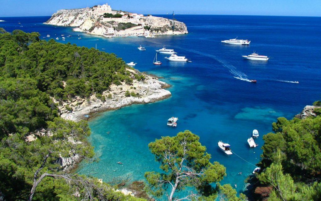 Побережье Средиземного моря в Турции
