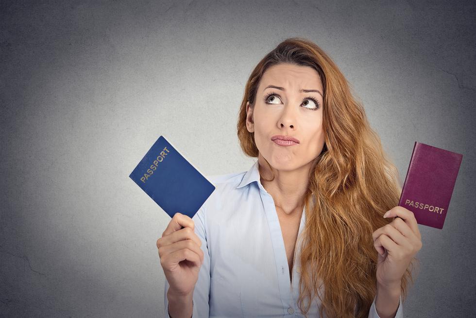 Выбор между двумя паспортами