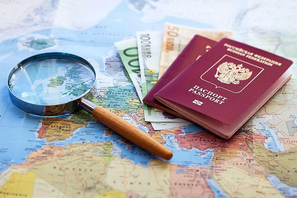 Загранпаспорт на карте Европы