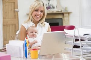 Отпуск по беременности и родам оформляется на основании заявления и полученного в женской консультации больничного листа
