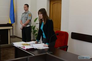 Получить статус беженца через суд